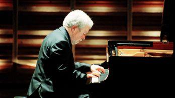 L'Orchestre de chambre de Lausanne et Joshua Weilerstein : Rouse, Beethoven, Schoenberg