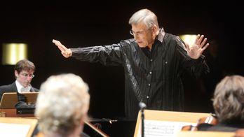 Christian Zacharias dirige Schumann