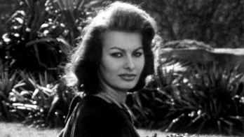 Sophia Loren : Sophia Loren : des faubourgs de Naples à Hollywood