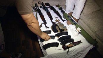 La route des armes : l'incroyable filière des kalachnikovs