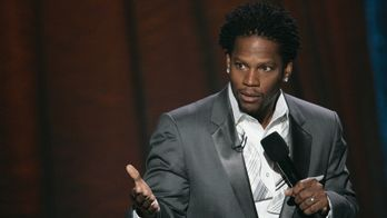 D.L. Hughley : Unapologetic