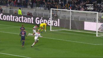 3 à 0 pour Lyon après ce penalty