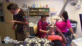 Greg Guillotin en faux stagiaire piège un cabinet dentaire