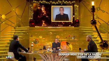 Yann Moix rend hommage à Ardisson