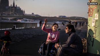 Nujeen Mustafa a traversé l'Europe en fauteuil roulant pour témoigner devant l'ONU