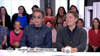 Clique avec Jean-Michel Jarre, Alex Vizorek et Flashboy