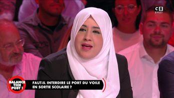 Khadija explique son choix de porter le voile dans sa vie quotidienne