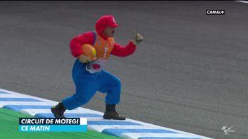 Insolite : Mario commissaire de course en moto !