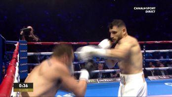 Arsen Goulamirian au-dessus dans le 1er round