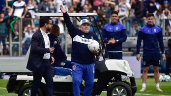 Maradona, au coeur du classico argentin