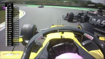 Accrochage Ricciardo Magnussen