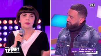 """Mireille Mathieu revient sur son enfance compliquée : """"On n'avait pas de douche"""""""