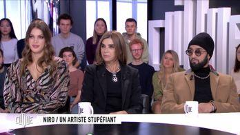 Clique avec Iris Mittenaere, Carine Roitfeld et Niro