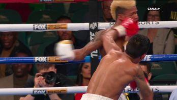 Eduardo Ramirez gagne par TKO