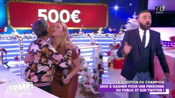 Isabelle Morini-Bosc fait gagner 250 euros à une personne du public