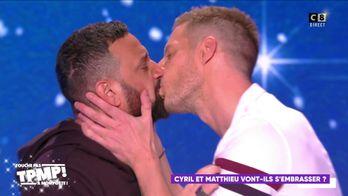 Matthieu Delormeau réalise son rêve et embrasse Cyril Hanouna !