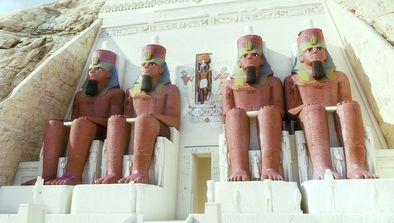 Monuments gigantesques