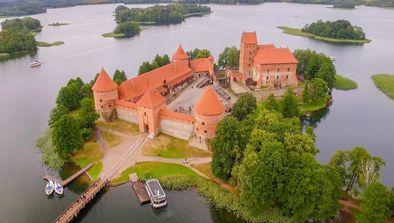 Lettonie et Lituanie