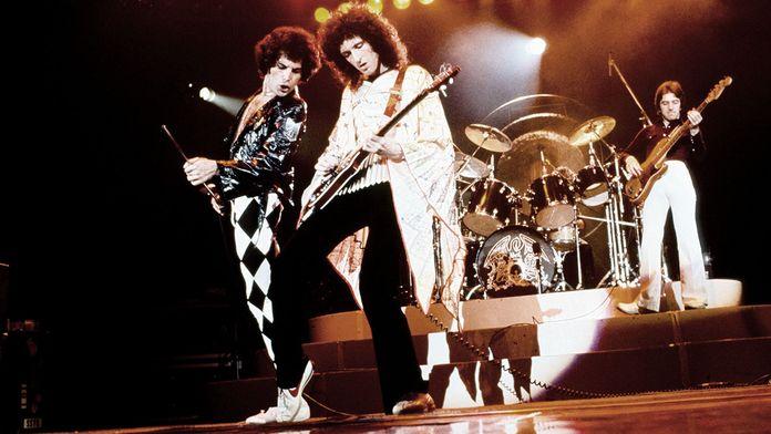 Queen : Rock the World