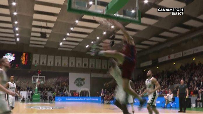 Incroyable dunk de Venezia !