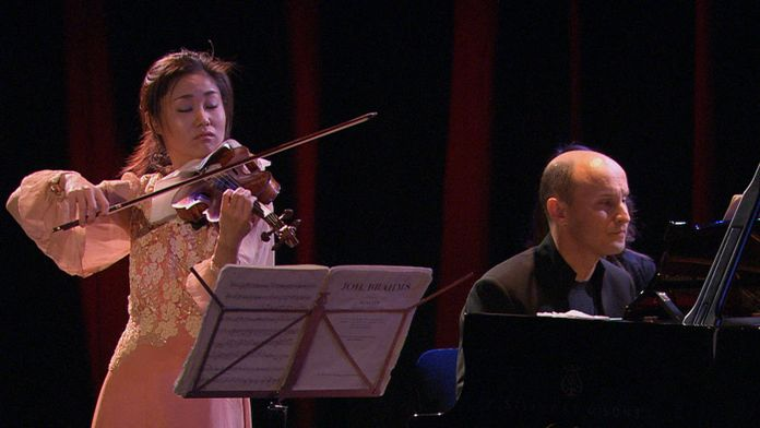 Sayaka Shojji et Evgeny Kissin jouent Brahms