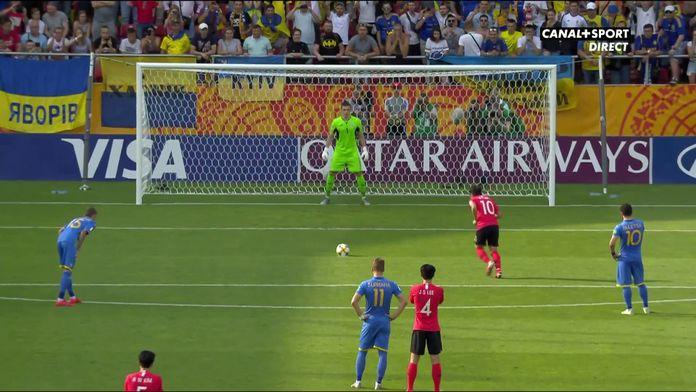 Les coréens ouvrent le score sur penalty