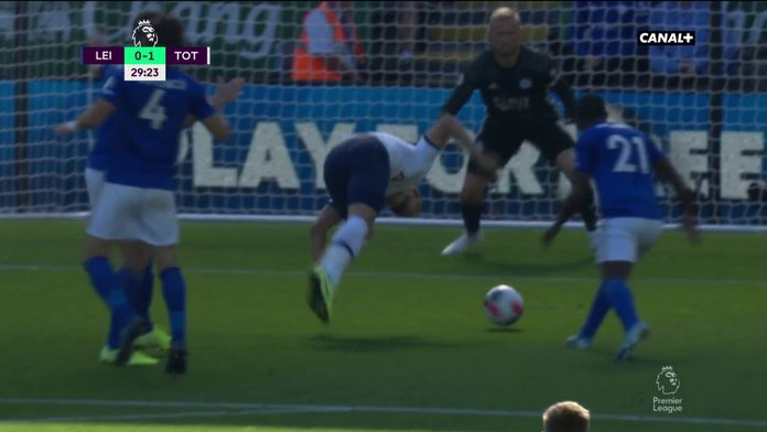 Harry Kane ouvre le score...tel un funambule !