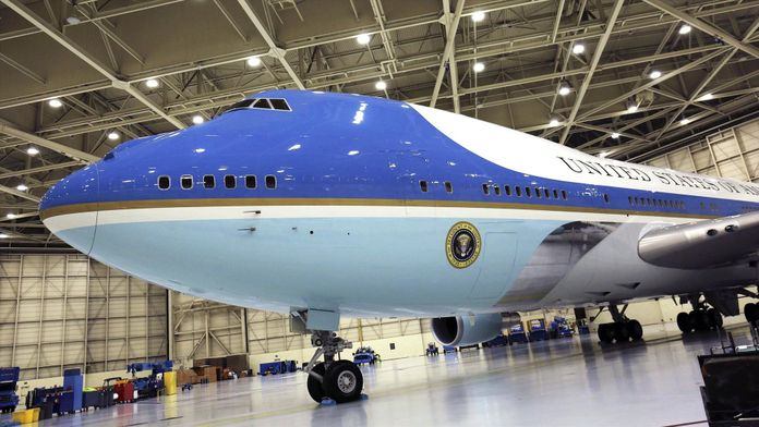 11/9 : A bord d'Air Force One