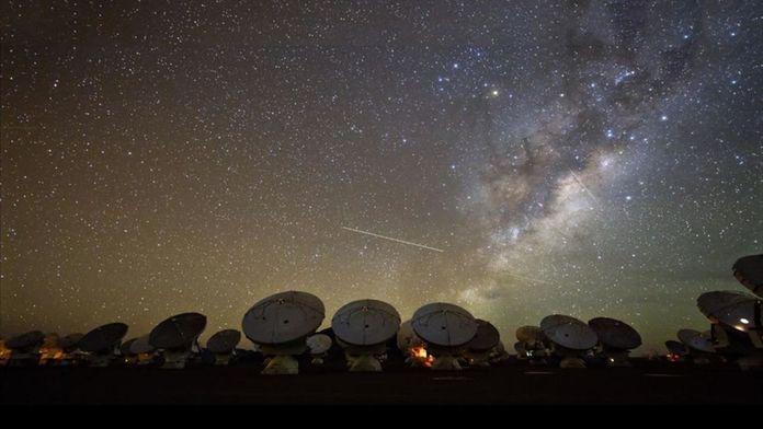 Exoplanètes, les chasseurs de mondes