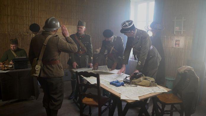De Gaulle, premières batailles : Des français libres : sauver l'honneur