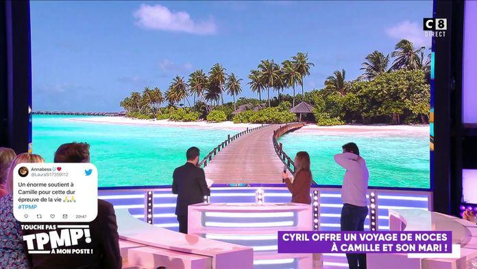 Cyril Hanouna offre des regalades à Camille qui s'est mariée !