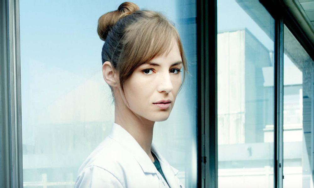 Louise Bourgoin, l'interne qui va électriser «Hippocrate»
