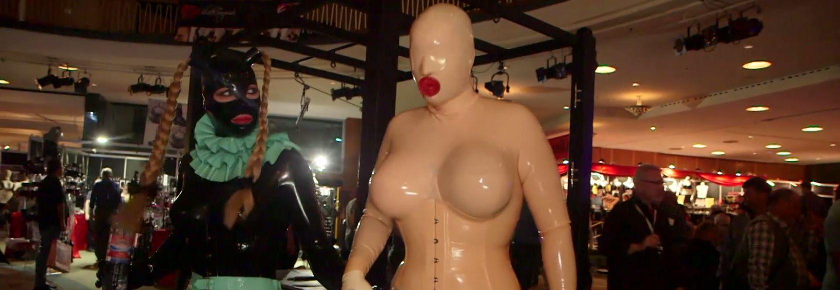 Porn stars, live show, gadgets... visite du salon Venus à Berlin avec le Journal du Hard