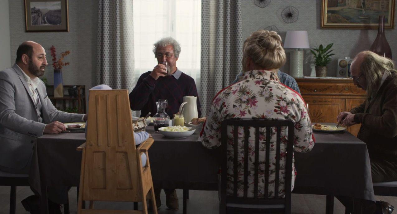 Bande annonce officielle des César 2019 : Kad vous invite au repas de famille des Merad