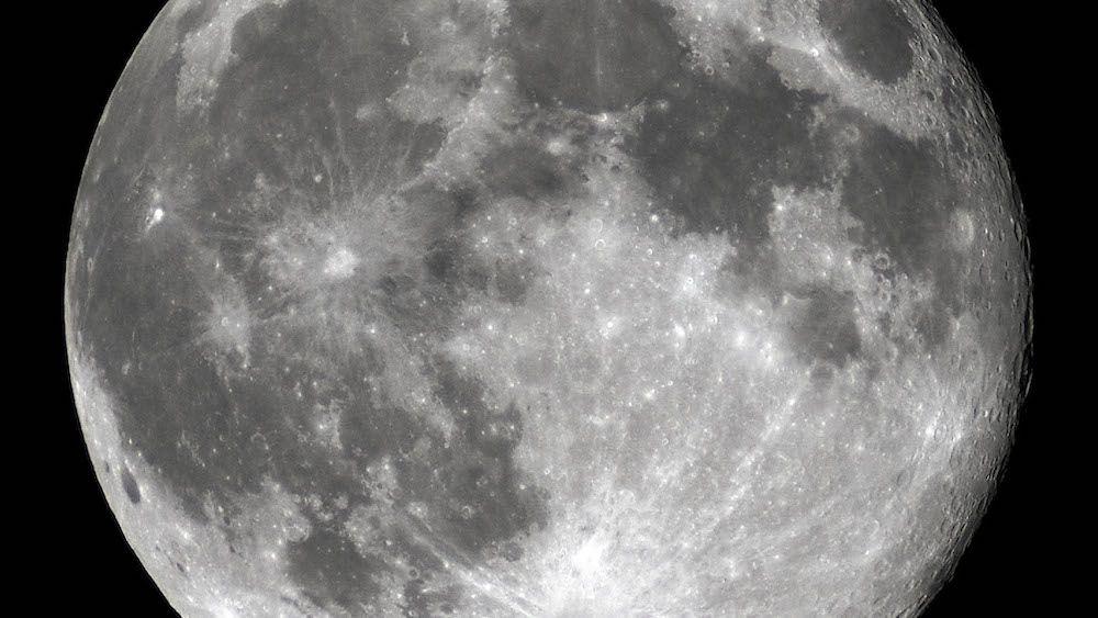 La Lune, objet de tous les mythes