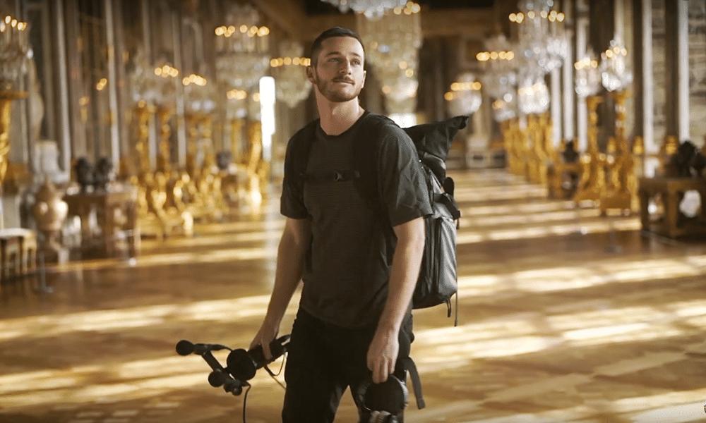 Thylacine prend ses aises au château de Versailles et compose un ...