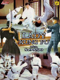 Lady kung-fu