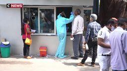 Inde : le pays sombre dans la crise, durement touché par l'épidémie de coronavirus