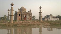 Archi-faux : Vraies villes et faux monuments