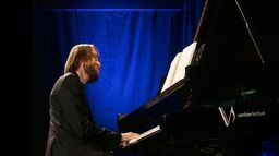 Daniil Trifonov interprète Adams, Bartók, Berg, Copland, Coriglinao, Ligeti et Stockhausen au Festival de Verbier 2019 - Ép 567