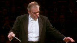 Tchaïkovski - Symphonie n°4, dirigée par Valery Gergiev
