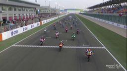 Le départ de la course Moto3 : Grand Prix du Qatar