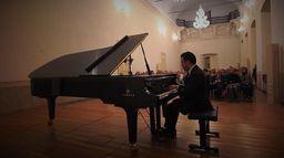 Roberto Giordano joue Brahms ...