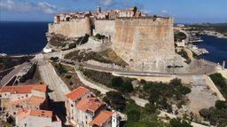 Bonifacio, la forteresse des extrêmes
