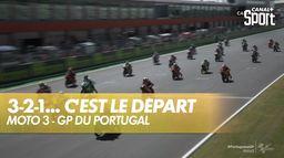C'est le départ du Grand prix du Portugal : Moto 3
