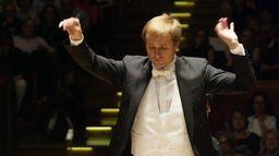 Vasily Petrenko et l'Orchestre Phi