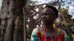 ARTE Reportage - Malawi : une femme contre les mariages d'enfant / Irak