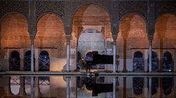 Javier Perianes à l'Alhambra de Grenade : Debussy Falla Albéniz