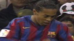 Santiago Bernabeu oklaskuje Ronaldinho