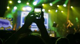 Pourquoi interdire les téléphones en concert est une vraie bonne idée